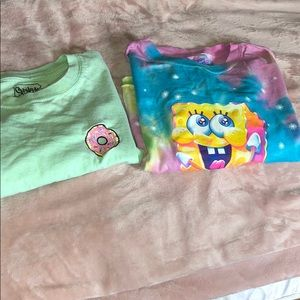 2 graphic tees